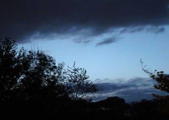 pre_dawn_sky_here.jpg
