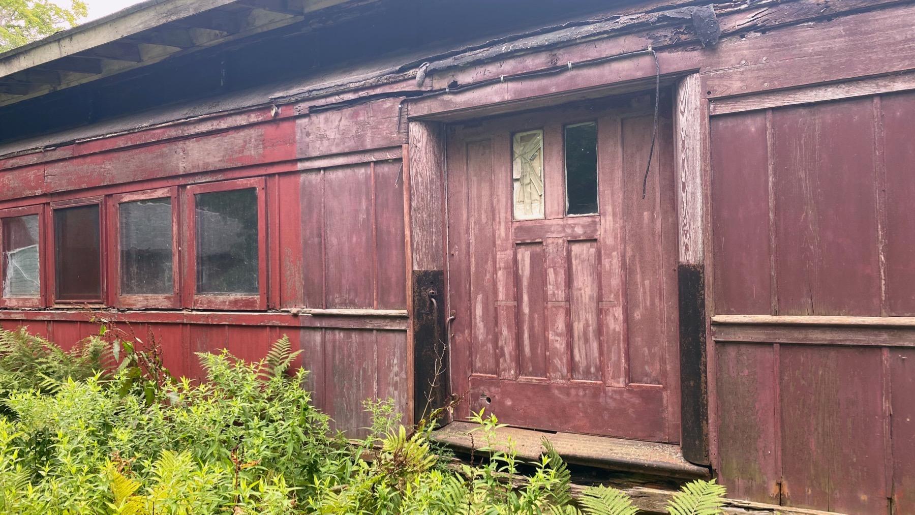 Traincar house