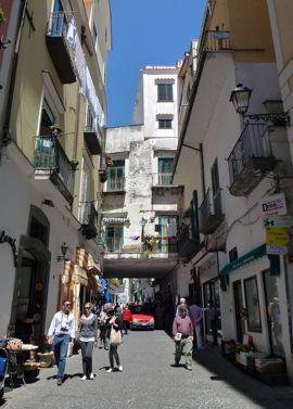 Amalfi strollers in town