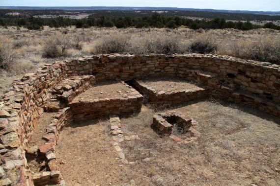 Atsinna kiva atop El Morro NM
