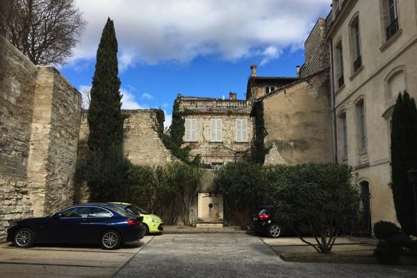 Avignon courtyard