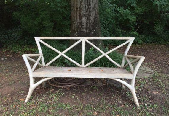 B bench