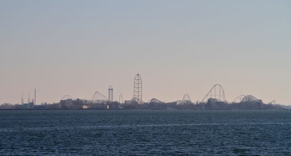 Cedar_Point_across_bay_in_winter.jpg