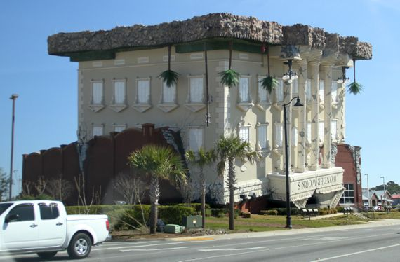 FL upside down bldg