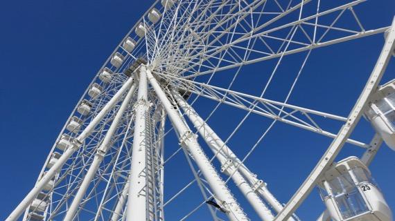 Ferris wheel up