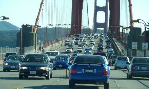 Golden_Gate_traffic_that_day.jpg