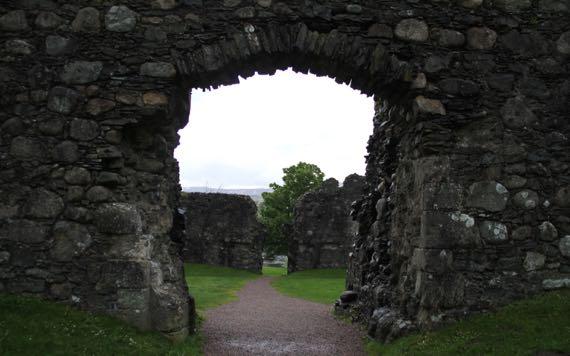 Inverlochy Castle see through