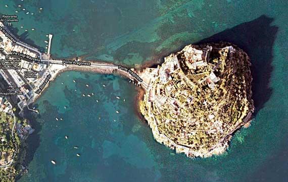 Ischia_island_east.jpg