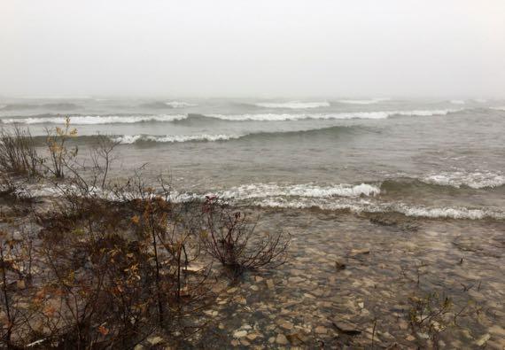 LakeMich fog waves