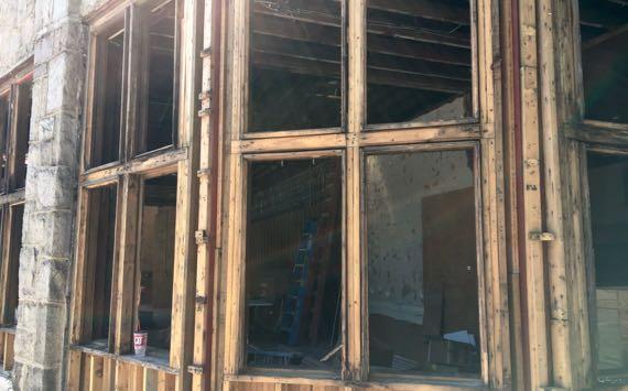 Manuels remodeling corner