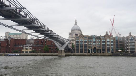 Millennium Bridge view north