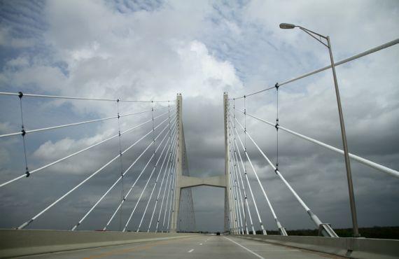 Miss R crossing bridge superstructure