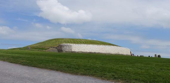 Newgrange approach
