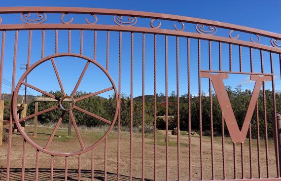 PCT gate