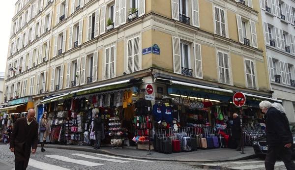 Paris tourist impulse buys