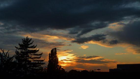 Roissey sunset color