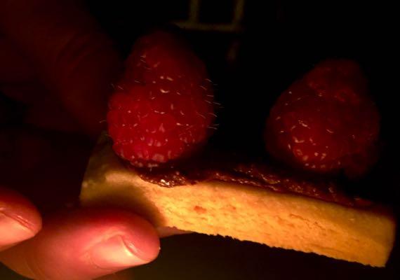 Xocolatl shortbread razzles