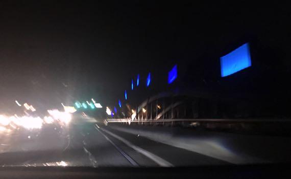 Yell R bridge night