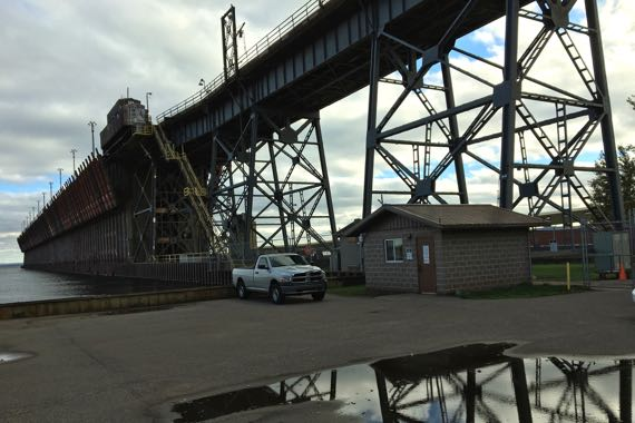 Active ore dock