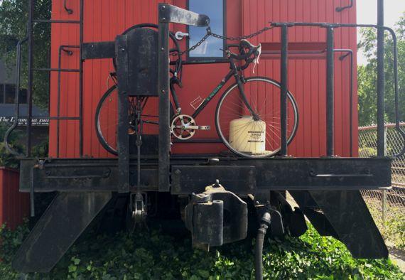 Bike caboose