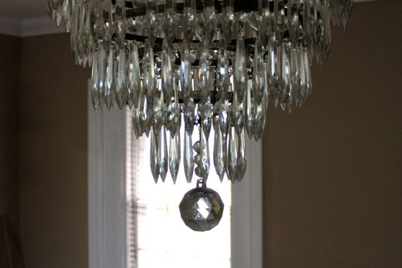 Chandelier bauble
