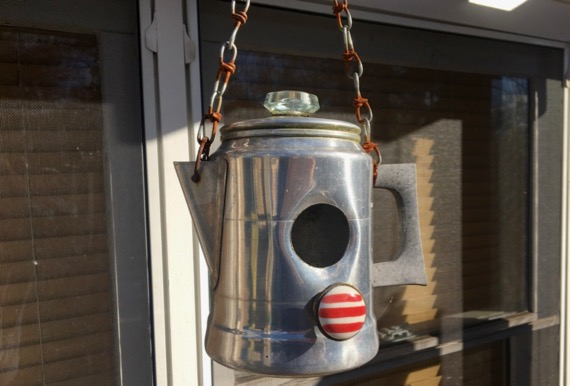 Coffeepot birdhouse