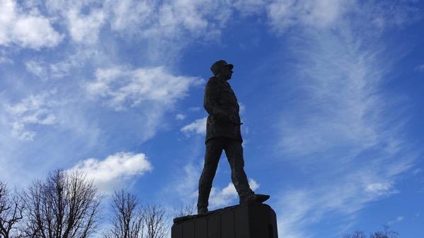 DeGaulle statue