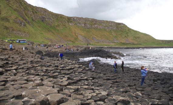 Giants causeway midway
