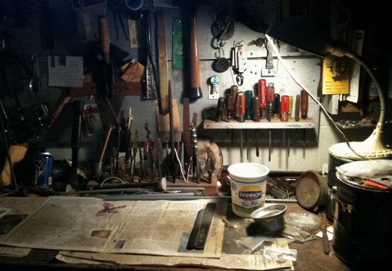 light_on_workbench.jpg