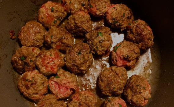 Meatballs browning