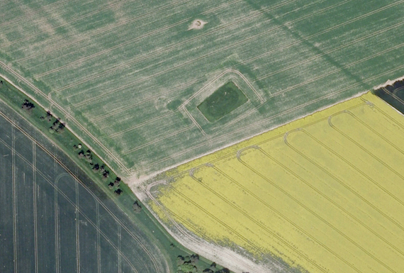 Near stonehenge fields archaeological features