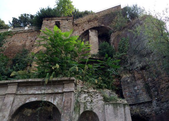 Nymphaeum capitoline above