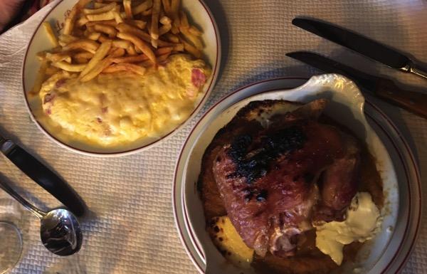 Omelette pork shank
