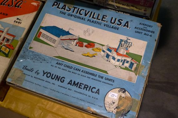 Plasticville usa box taped