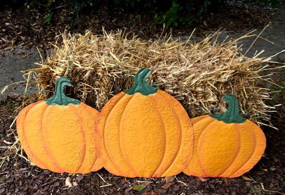 Pumpkin trio display