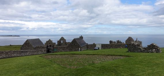 Road to Dunluce castle
