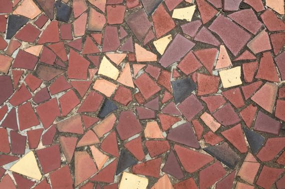 Scrap tile pattern