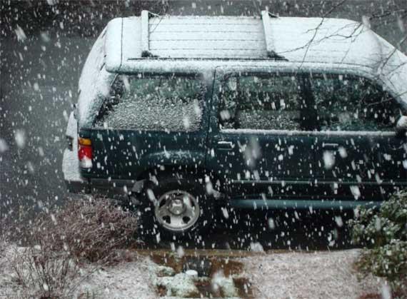 snow_accumulating.jpg