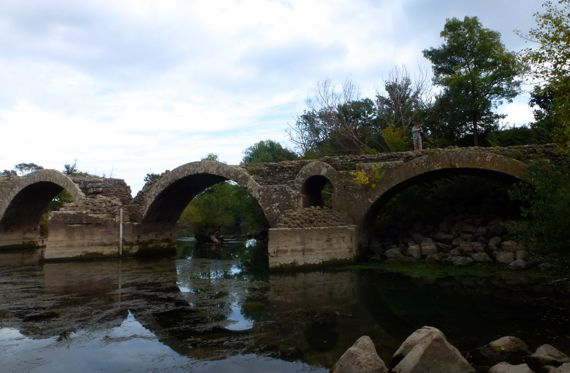 St thibery roman bridge moi