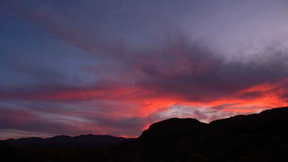 sunrise_near_Gila_NM_small.jpg