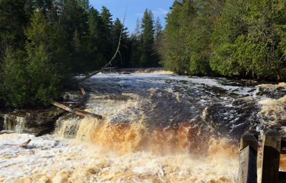 Tahquamenon lower falls high water