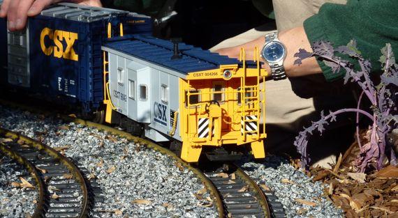 train_gulliver_perspective_ABG.jpg