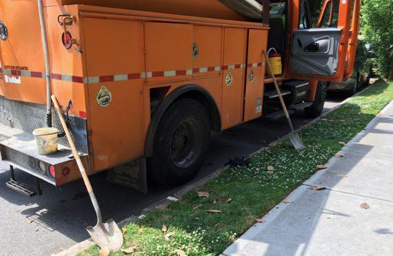 Truck twoshovels