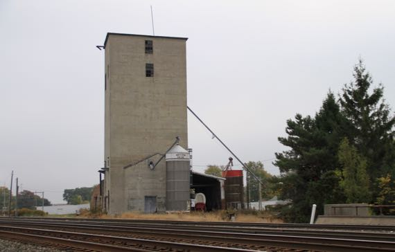 Wagon in grain elevator